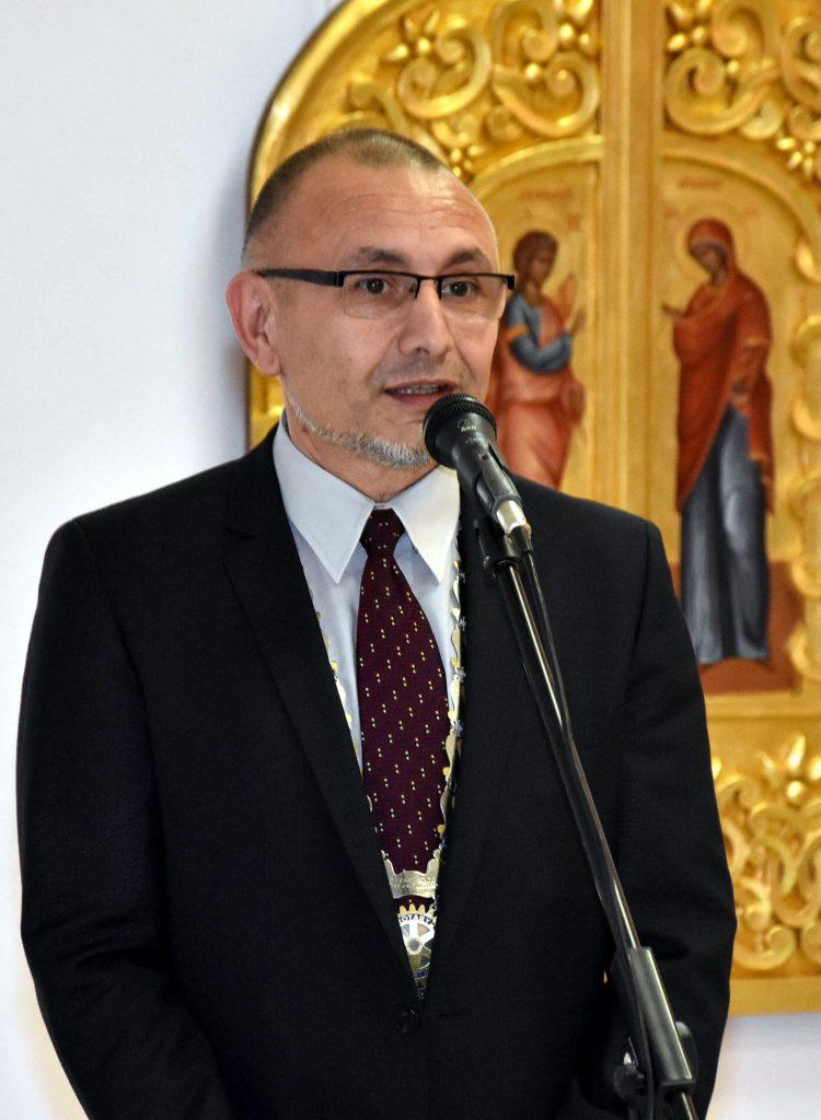 Иван Момъков